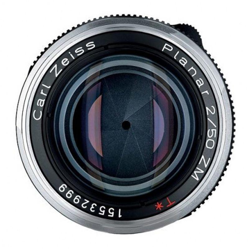 zeiss-ikon-argintiu-kit-zeiss-planar-t-50mm-f-2-zm-parasolar-cutie-piele-serie-limitata-13289-3