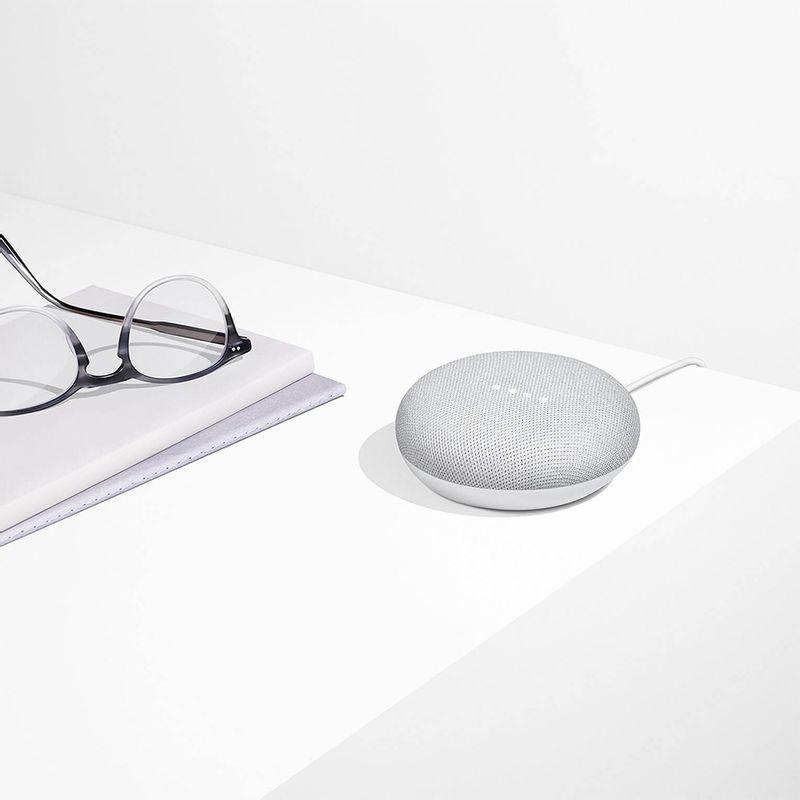 google-home-mini-asistent-personal-inteligent-cu-control-voce-66457-2-580