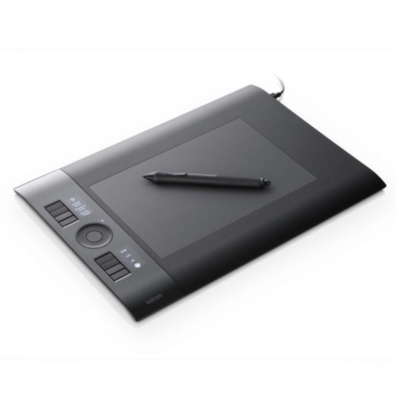 intuos4-wireless-8-x5-ptk-540wl-en-18325-4