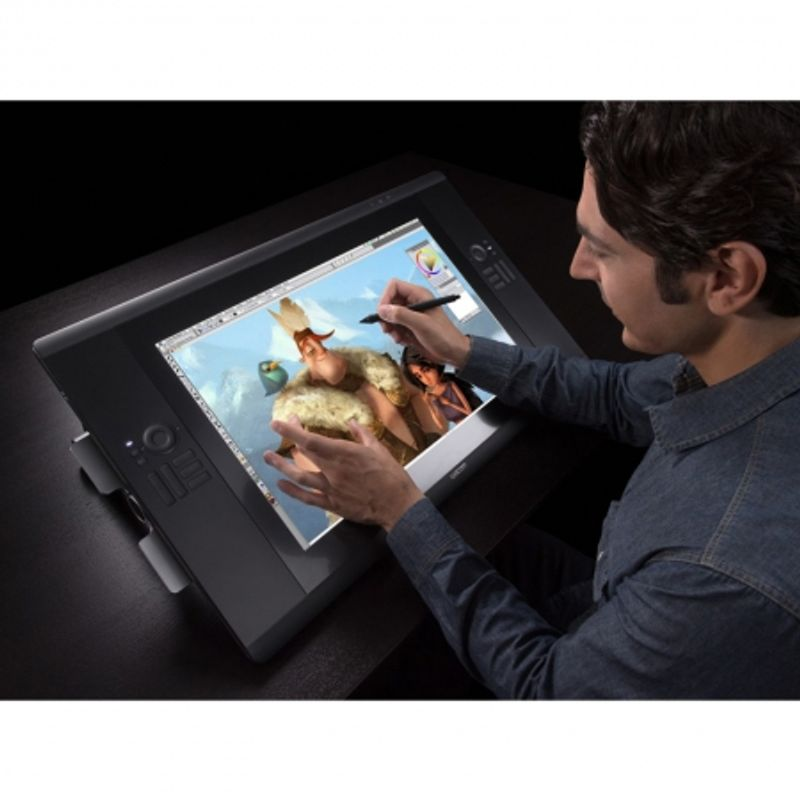 wacom-grafica-cintiq-touch-24hd-tableta-grafica-touch-24-inch-dth-2400-25531-8