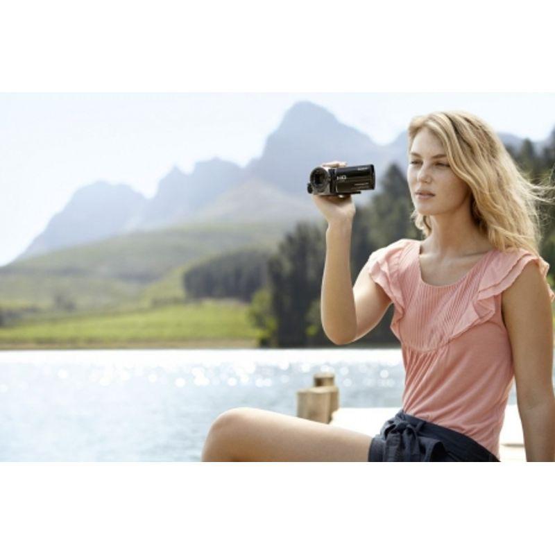 sony-hdr-cx130s-card-sd-8gb-camera-video-full-hd-obiectiv-g-zoom-30x-argintie-19032-5