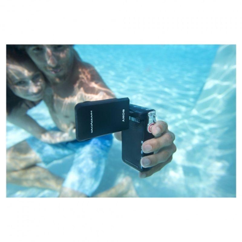 sony-hdr-gw55ve-alba-camera-video-full-hd-rezistenta-la-apa-praf-si-socuri-22792-6