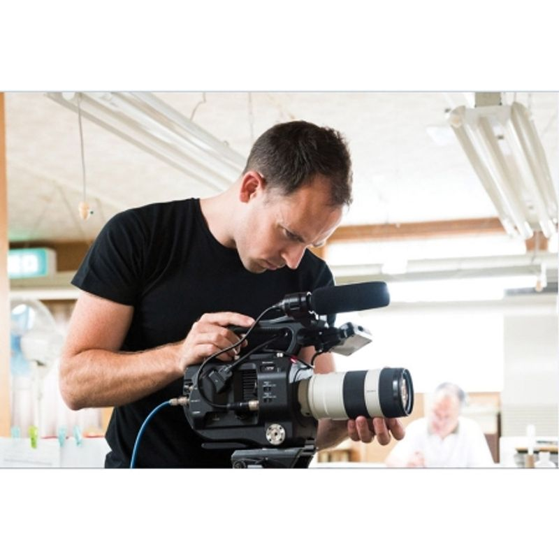 sony-pxw-fs7-kit-fe-pz-28-135mm-f-4-g-oss-camera-video-super-35--xdcam--45889-8
