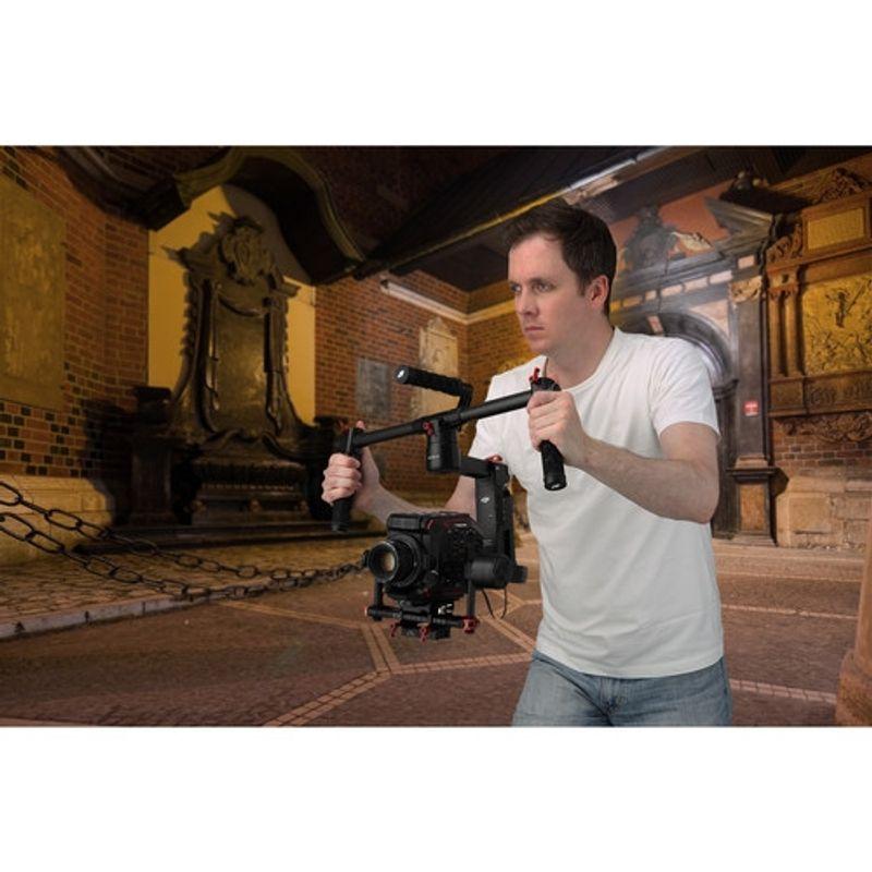 panasonic-au-eva1-body-camera-video-cinematica-montura-ef-62867-360-605