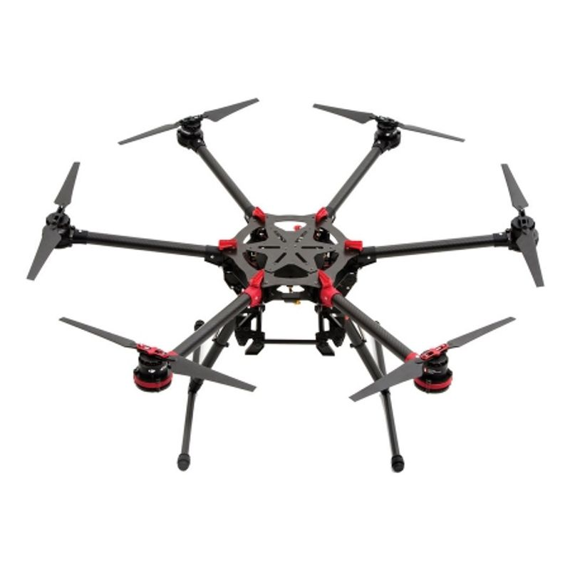 dji-spreading-wings-s900-37527-1