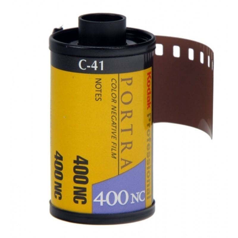 kodak-professional-portra-400nc-film-negativ-color-ingust-iso-400-135-12694