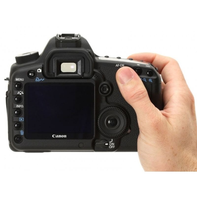canon-eos-5d-mark-ii-kit-ef-24-105mm-f-4-l-is-usm-ef-50mm-1-4-transcend-cf-64gb-speed-60mb-sec-rucsac-caselogic-promo-ianuarie2012-20821-4