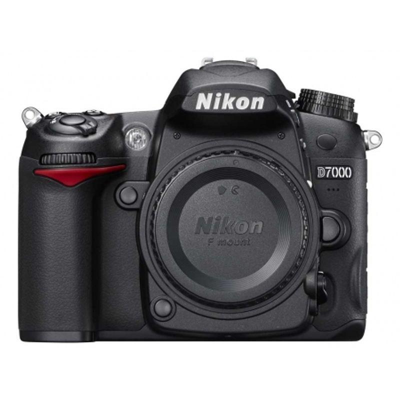 nikon-d7000-body-blitz-nikon-sb-700-sd-8gb-lexar-133x-sdhc-21349-1