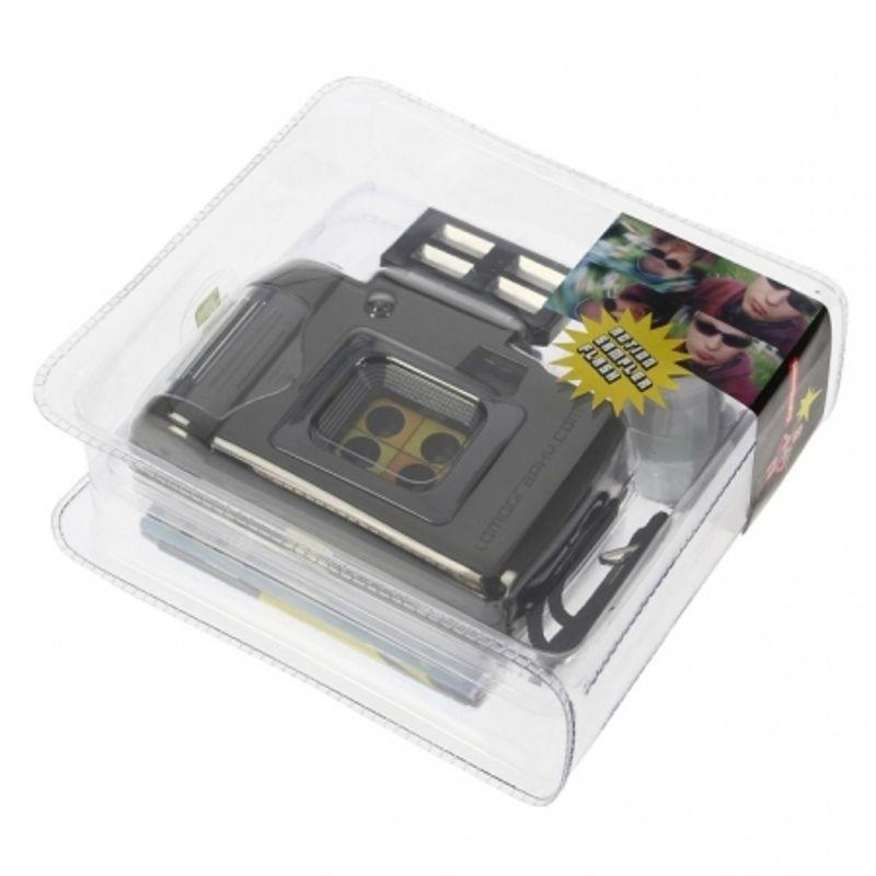 lomography-actionsampler-flash-aparat-foto-cu-mai-multe-obiective-21889-2