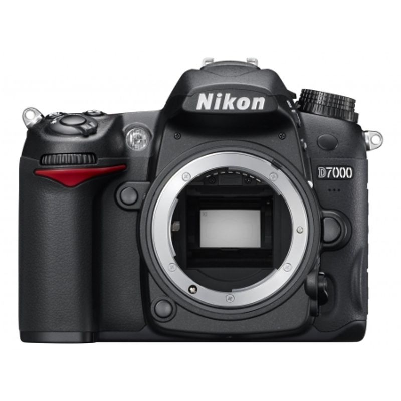 nikon-d7000-kit-18-55-dx-sd-16gb-sandisk-extreme-30mb-s-video-hd-geanta-alpha-50-22164-1