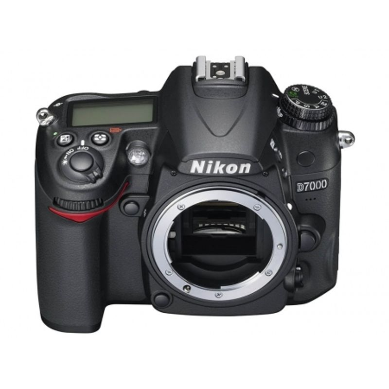 nikon-d7000-kit-18-55-dx-sd-16gb-sandisk-extreme-30mb-s-video-hd-geanta-alpha-50-22164-2