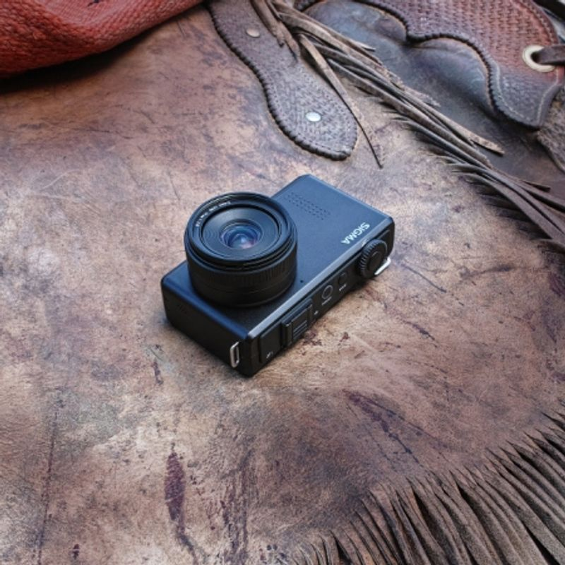 sigma-dp1-merrill-19mm-f-2-8-22620-2