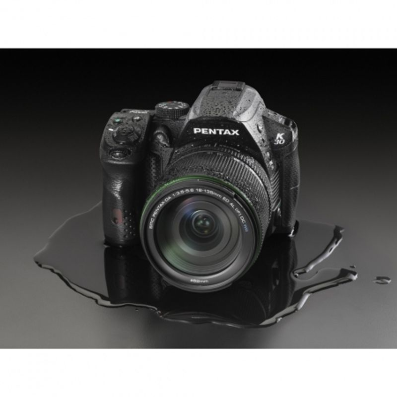 pentax-k-30-kit-18-135mm-al-wr-22636-7