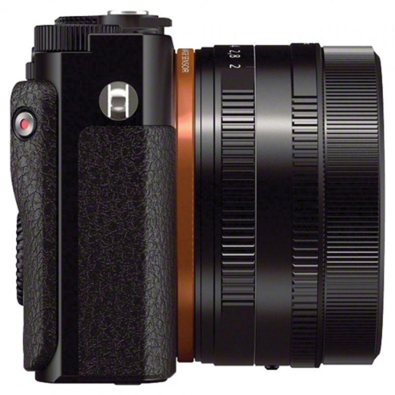sony-cyber-shot-dsc-rx1-35mm-f2-carl-zeiss-sonnar-t-23733-2