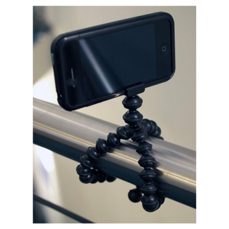 joby-gorillamobile-pentru-iphone-4-4s-minitrepied-flexibil-21954-5
