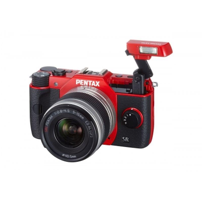 pentax-q10-red-smc-5-15mm-f2-8-4-5-ed-al-if-15-45mm-25667