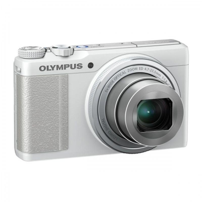olympus-xz-10-alb-25884-1