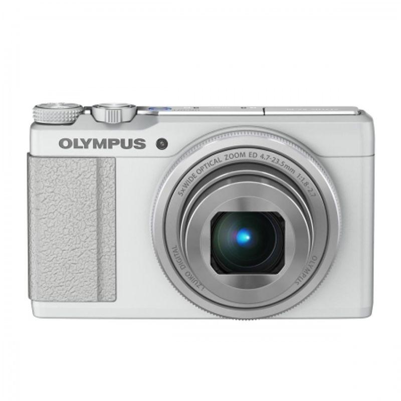 olympus-xz-10-alb-25884-2
