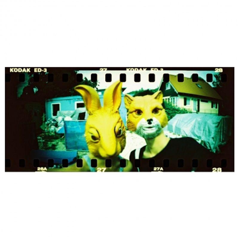 lomography-sprocket-rocket-rosu-aparat-pe-film-format-panoramic-27606-6