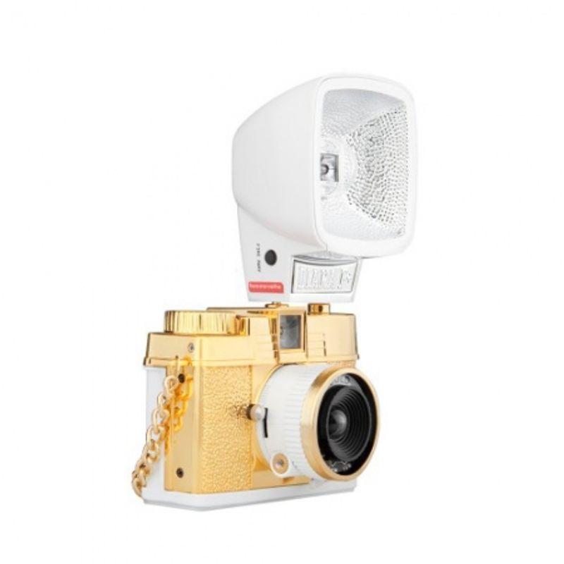 lomography-diana-mini-with-flash-gold-aparat-foto-pe-film-de-35mm-27620-2