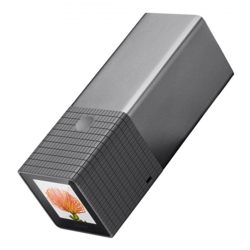 lytro-light-field-digital-camera-graphite-8gb-29801-1