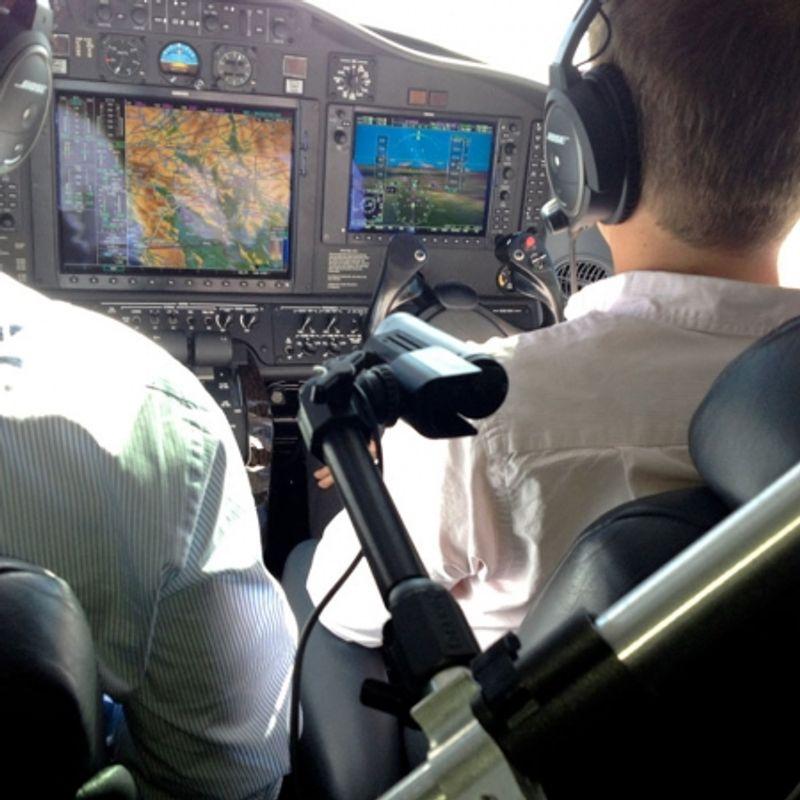 delkin-fat-gecko-co-pilot-brat-de-sustinere-cu-doua-ventuze-24531-2