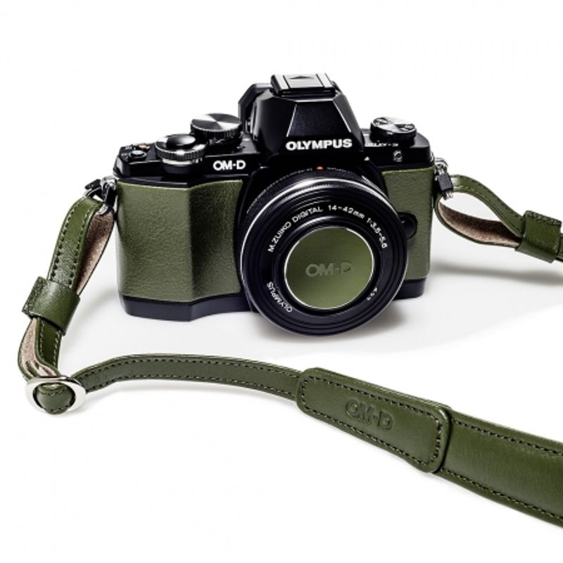 olympus-om-d-e-m10-limited-edition-kit-verde-35648-4