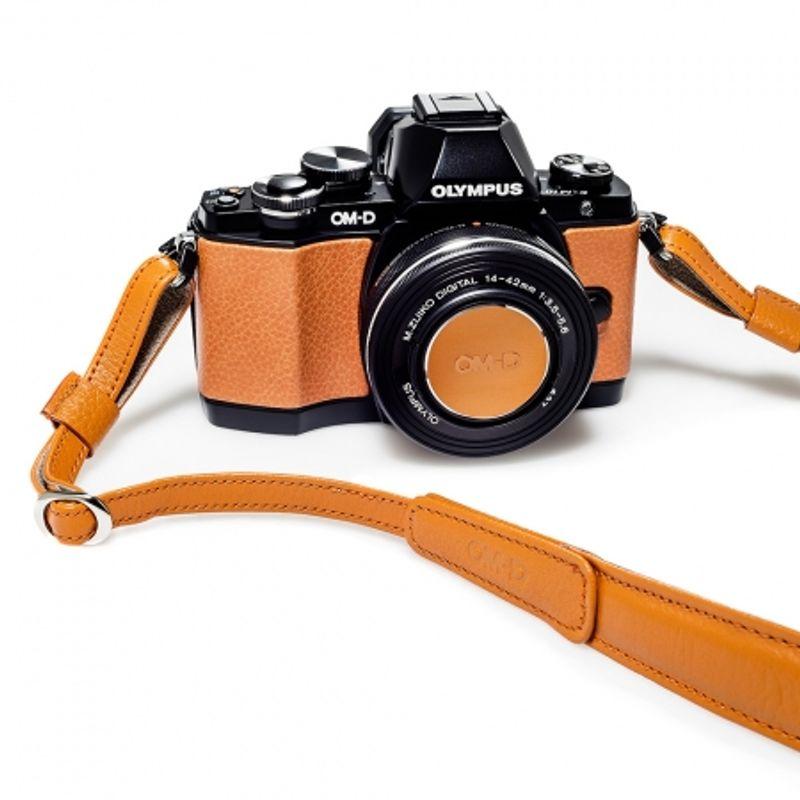 olympus-om-d-e-m10-limited-edition-kit-portocaliu-35649-4