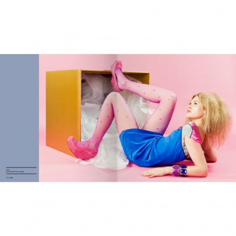 light--amp--shoot--50-fashion-photos-chris-gatcum-32088-3