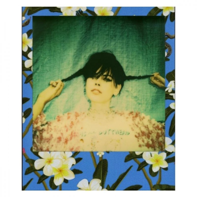 impossible-prd3290-poisoned-paradise-edition-frangipani-film-instant-polaroid-600-37449-2