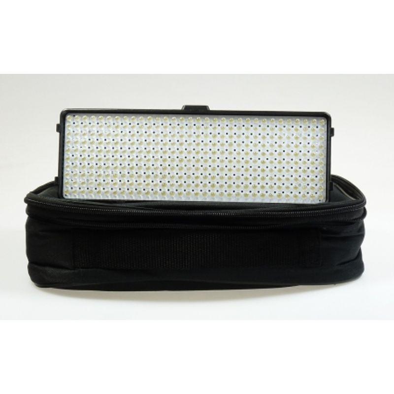 hakutatz-vl-320-led-lampa-video-cu-320-led-uri-25254-10
