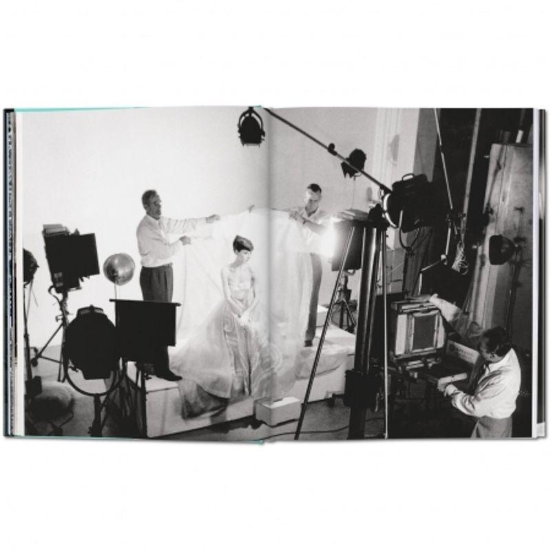 bob-willoughby--audrey-hepburn--photographs-1953-1966-49252-3-523