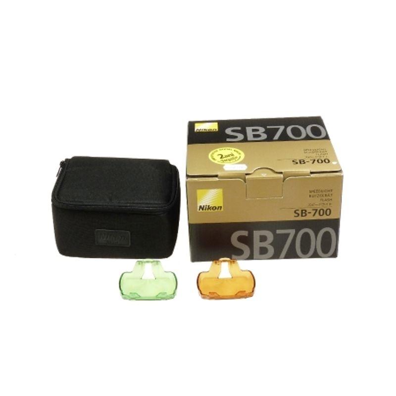 sh-nikon-speedlight-sb-700-sh-125025779-49658-4-968