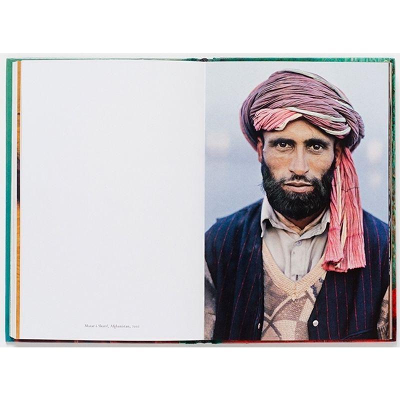 steve-mccurry--portraits--2nd-edition-51021-1-198