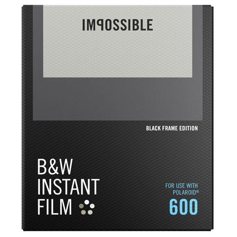 polaroid-impossible-film-b-w-pentru-polaroid-600--black-frame-52034-1-9