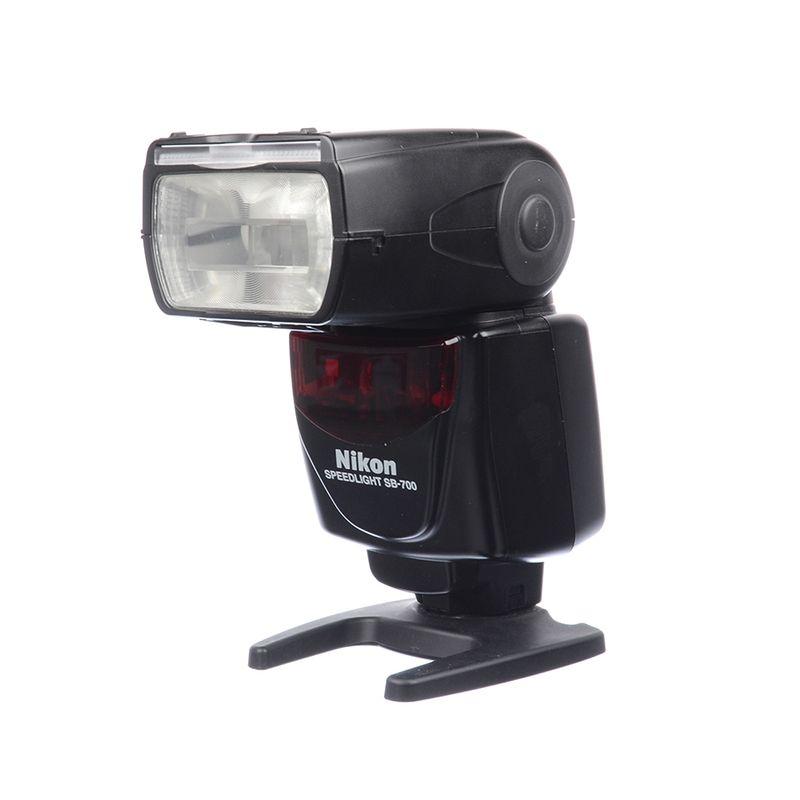 sh-nikon-speedlight-sb-700-sh-125038141-65385-1-539