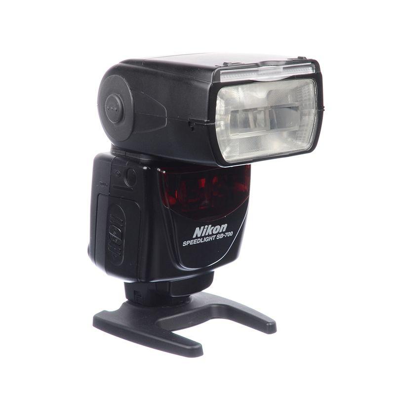 sh-nikon-speedlight-sb-700-sh-125038141-65385-2-493