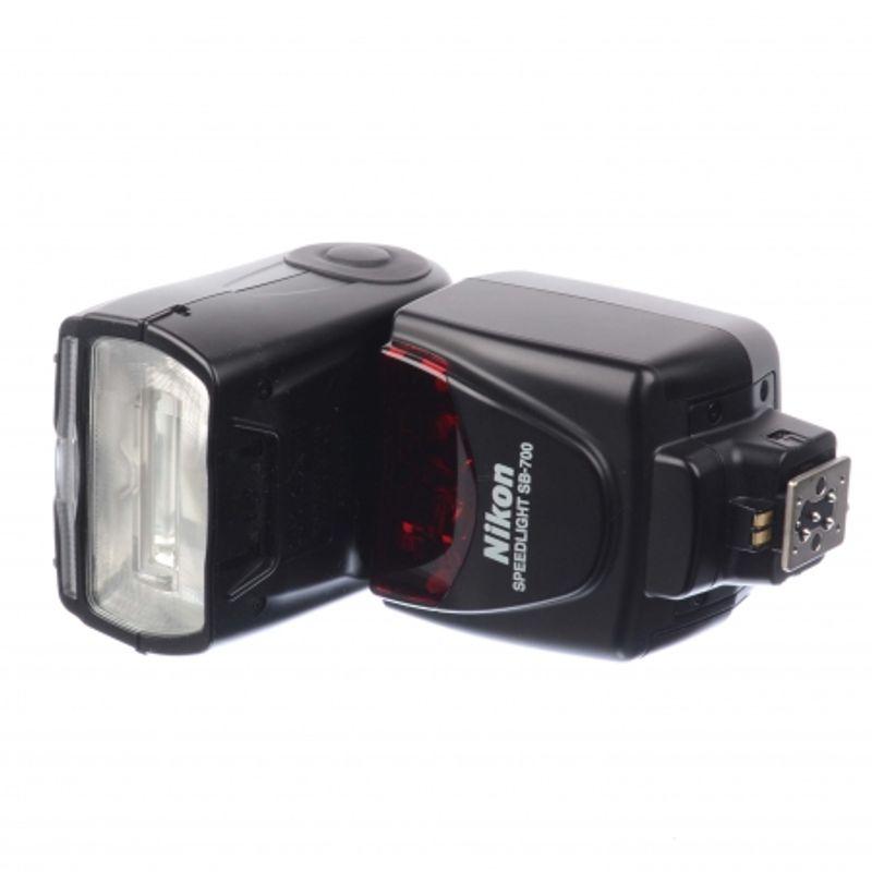 sh-nikon-speedlight-sb-700-sh-125039392-67345-800