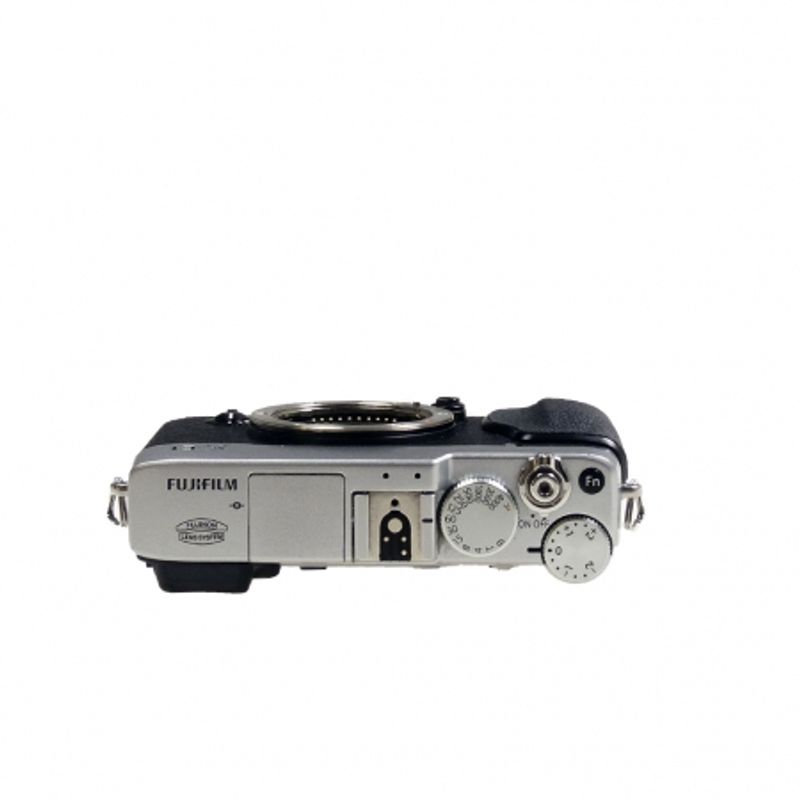 sh-fujifilm-x-e1-argintiu-body-sn-24a04565-45804-4-610