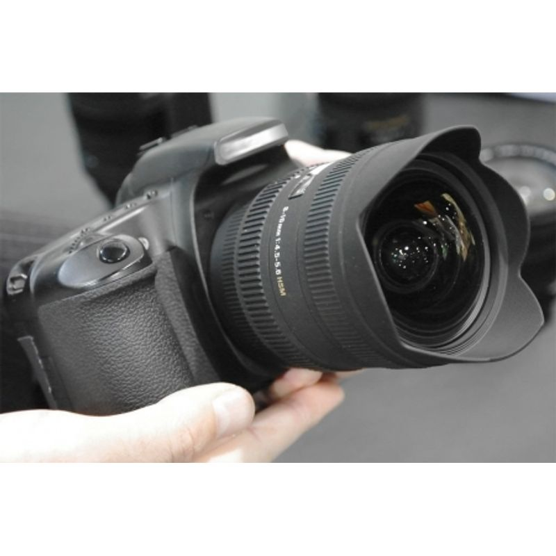 sigma-8-16mm-f-4-5-5-6-dc-hsm-pentru-sony-13140-1