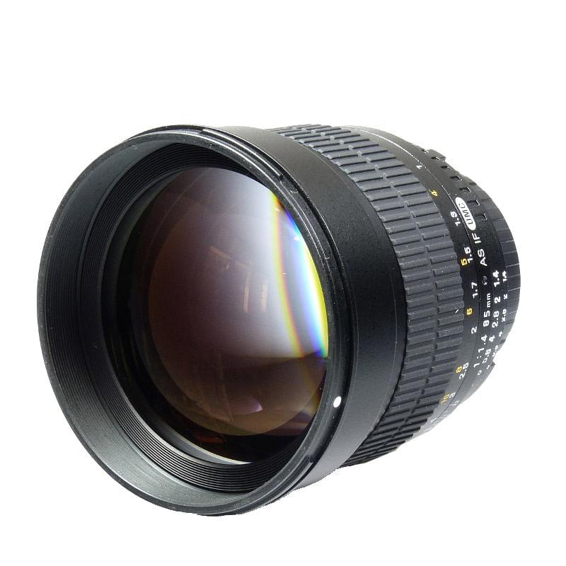 samyang-85mm-f1-4-nikon-18230-1-547