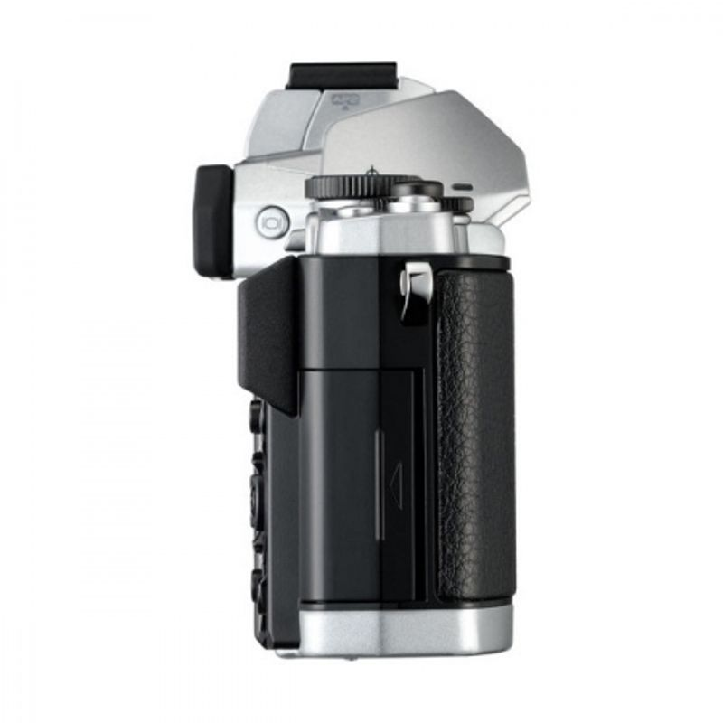 olympus-om-d-e-m5-12-50-kit-silver-black-rs1047864-46530-4