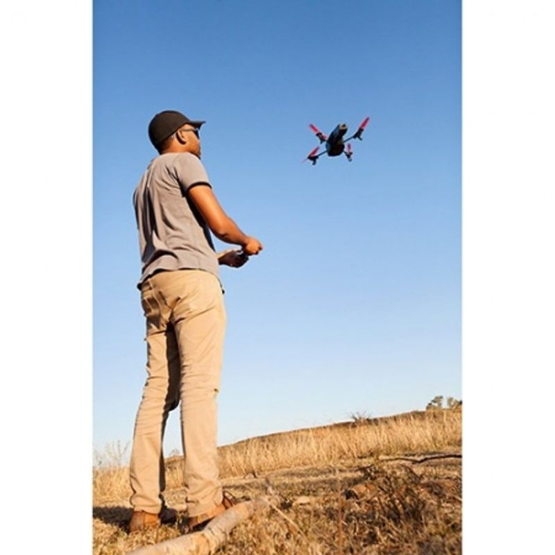 parrot-ar-drone-2-0-power-edition-rs125012151-48687-3