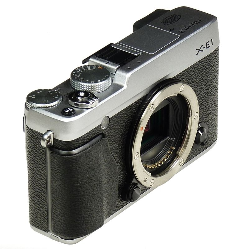 fujifilm-x-e1-argintiu-body-sh6431-3-51738-3-4
