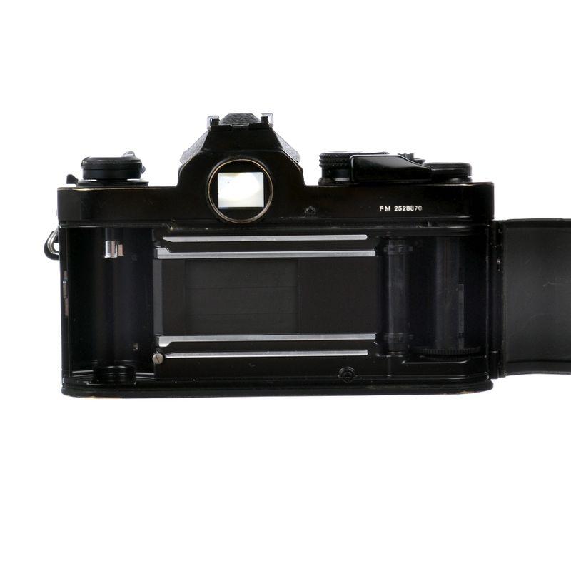 nikon-fm-nikon-35-70mm-f-3-3-4-5-sh6508-11-53049-4-269
