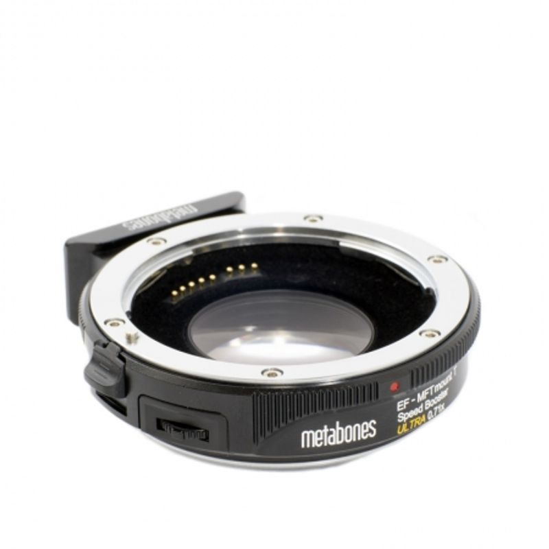metabones-canon-ef-micro-4-3-mount-speed-booster-ultra-46012-2-749