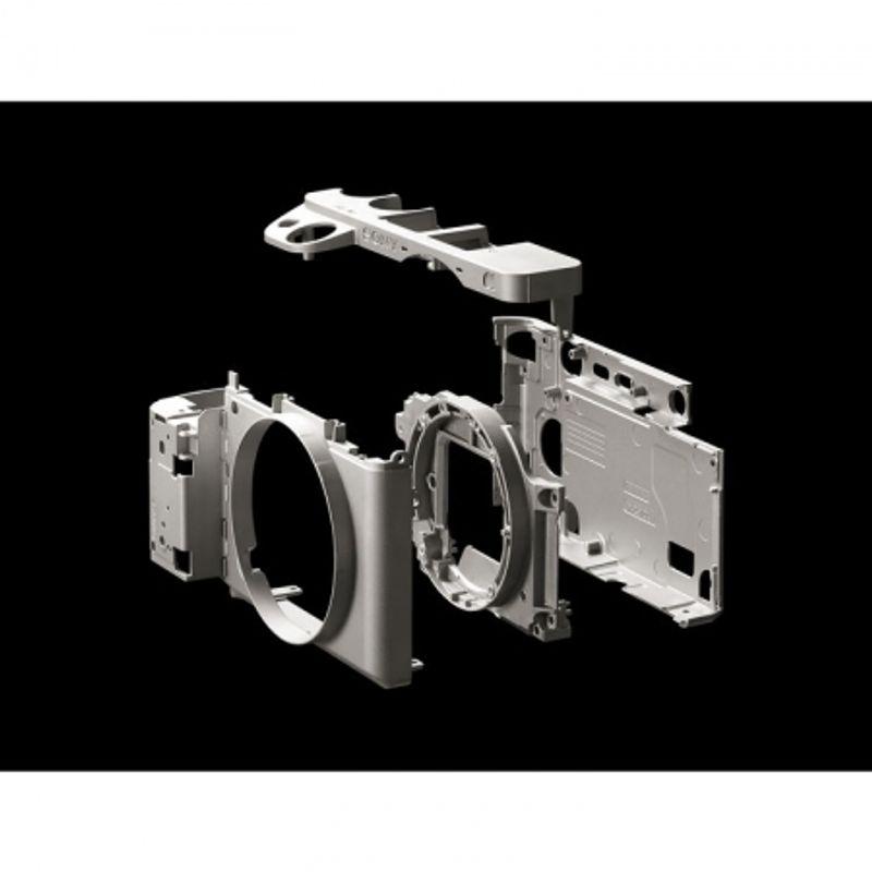 sony-alpha-a6300-kit-16-50mm-oss-49093-535-143_1