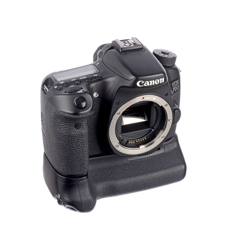 canon-eos-70d-body-grip-canon-bg-e14-sh6799-57342-1-235