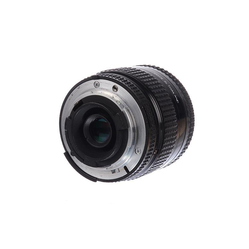 sh-nikon-35-70mm-f-3-3-4-5-af-sh125032326-57553-2-691