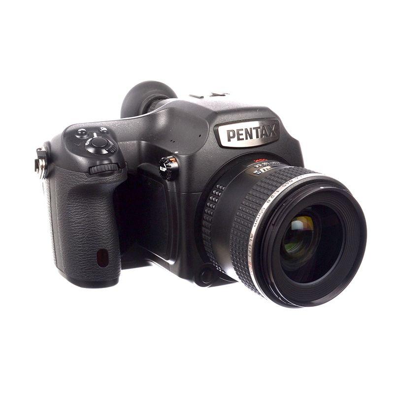 pentax-645z-pentax-d-fa-55mm-f-2-8-sdm-aw-sh7110-1-61535-1-500
